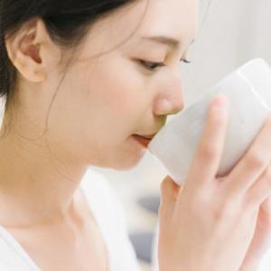 緑茶の期待効果まとめ!コレストロール対策やお肌にも!効果的な飲み方も紹介!