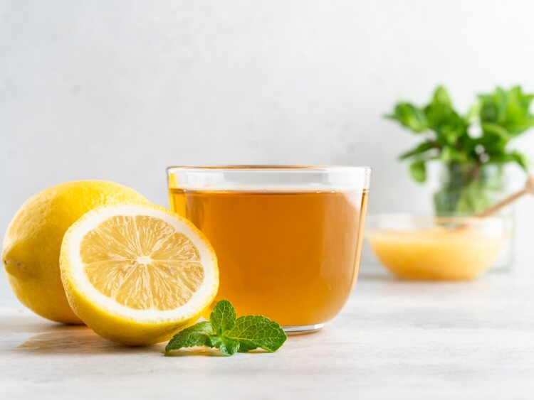 緑茶のビタミンC含有量をまとめて紹介。熱で壊れず吸収できるのがありがたい。